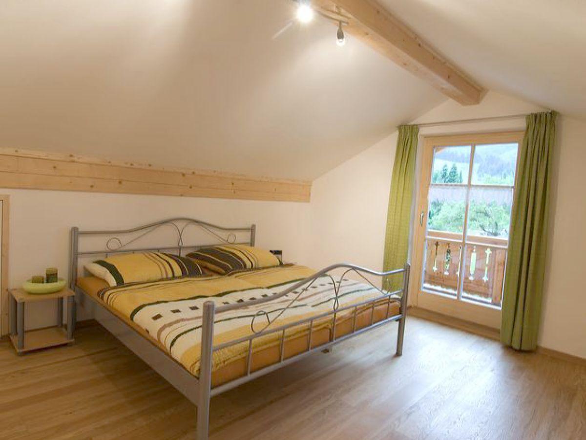 ferienwohnung gr n haus ammergau ammergauer alpen frau christine gaida. Black Bedroom Furniture Sets. Home Design Ideas