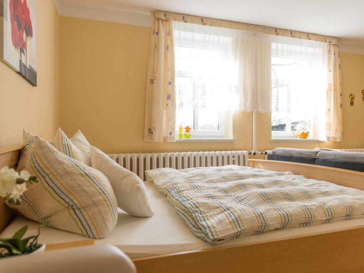 ferienwohnung f r ferien auf dem bauernhof harz herr dieter linde. Black Bedroom Furniture Sets. Home Design Ideas