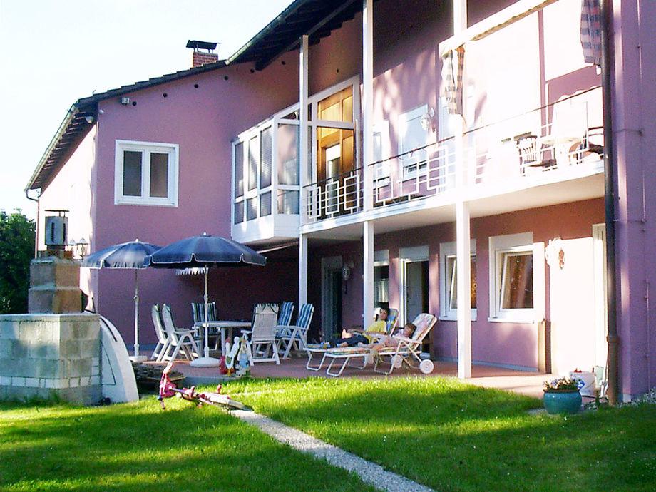 ferienhaus villa grafenau bayerischer wald regen herr. Black Bedroom Furniture Sets. Home Design Ideas