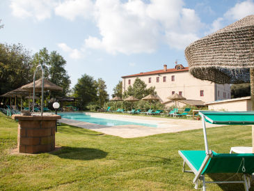 Holiday apartment Apartment with pool, Etruscan Coast