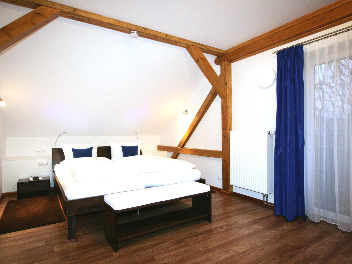 ferienwohnung am kurpark wohnung 3 150 qm garmisch partenkirchen oberbayern familie. Black Bedroom Furniture Sets. Home Design Ideas