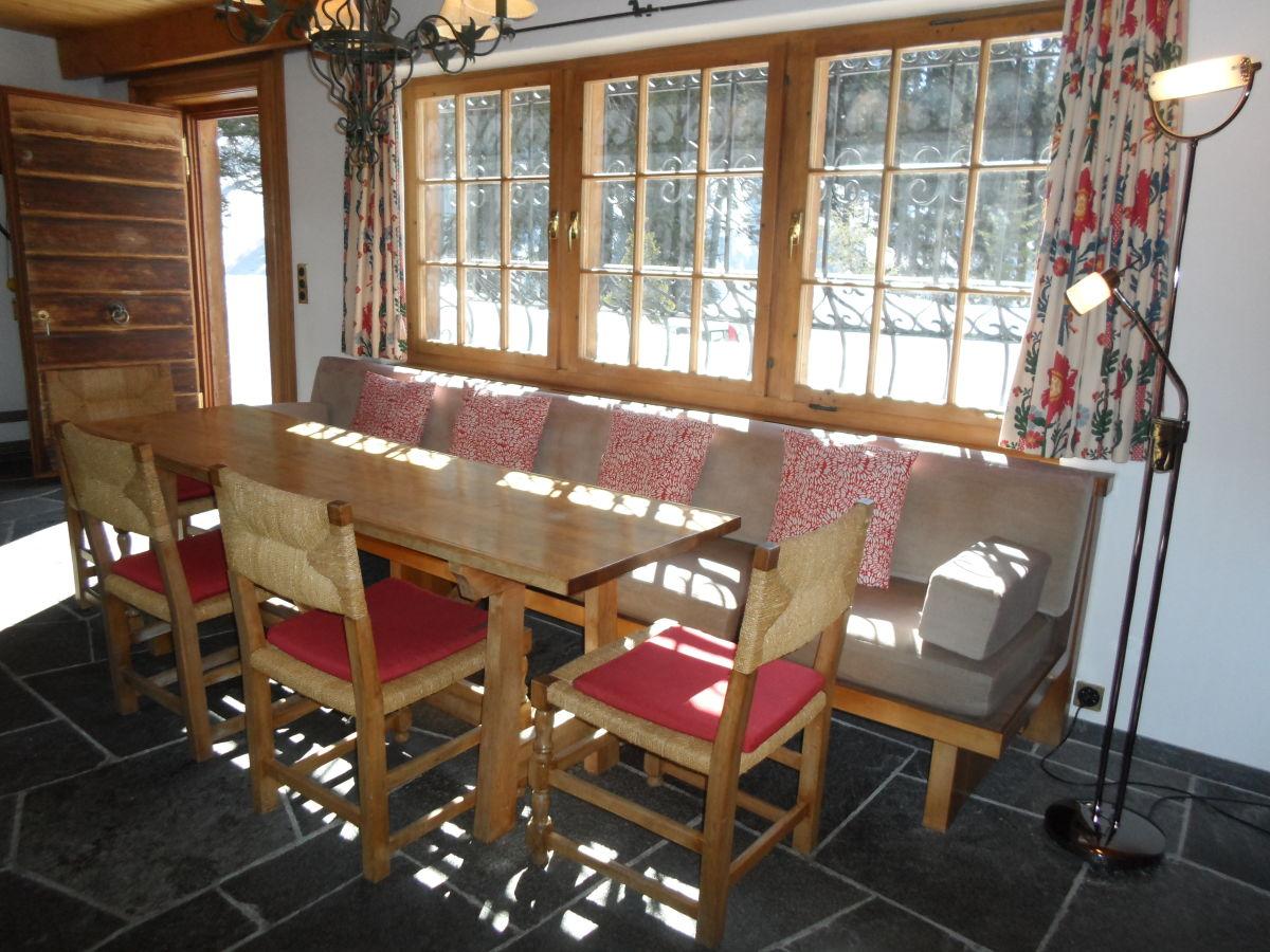 ferienhaus atelier davos klosters graub nden frau. Black Bedroom Furniture Sets. Home Design Ideas