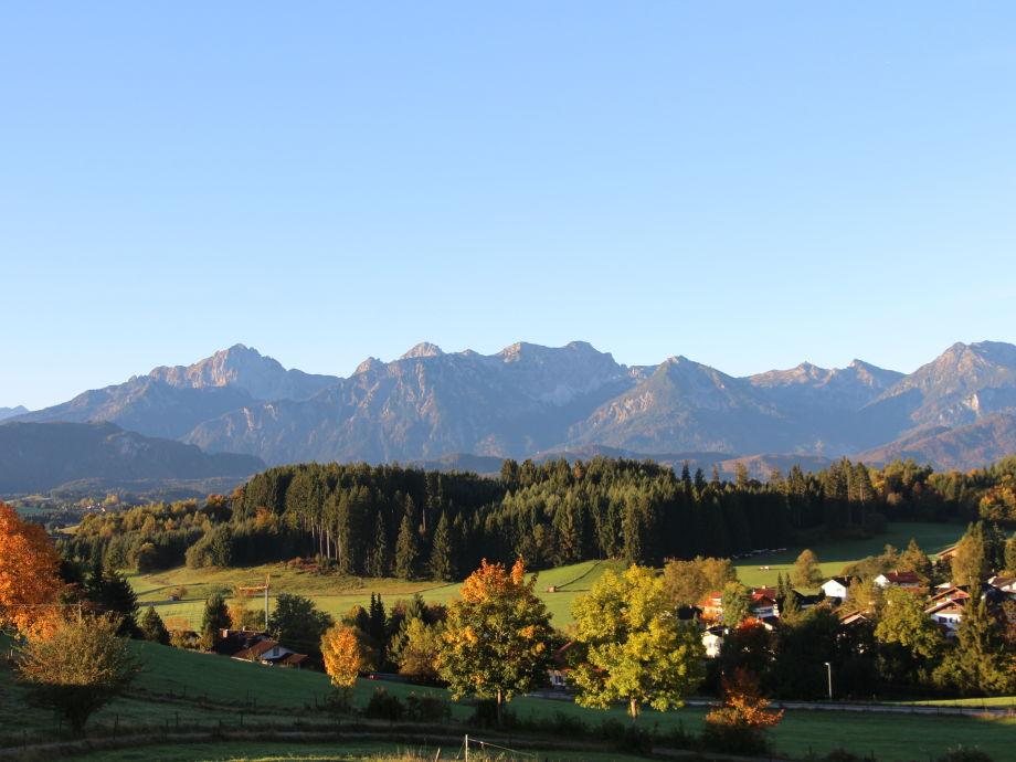 Herbststimmung vom Balkon Richtung Tannheimer Alpen