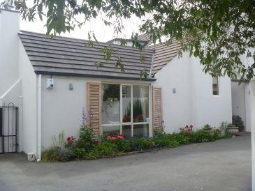 Bed & Breakfast Fendalton House - Mrs Pam Rattray