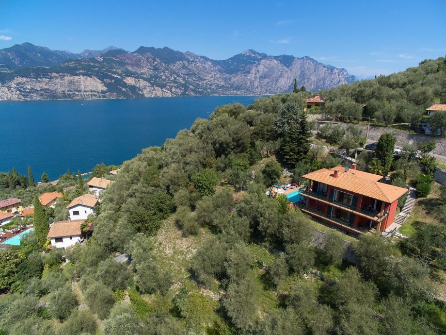 Außenaufnahme Villa  I Loncrini