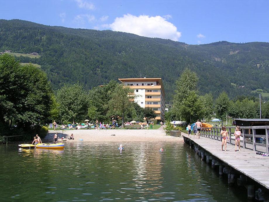 H. & G. Hütten am Ossiacher See
