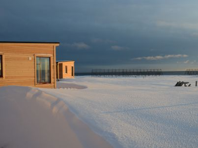 Apartment Ekkeroy directly by the arctic sea