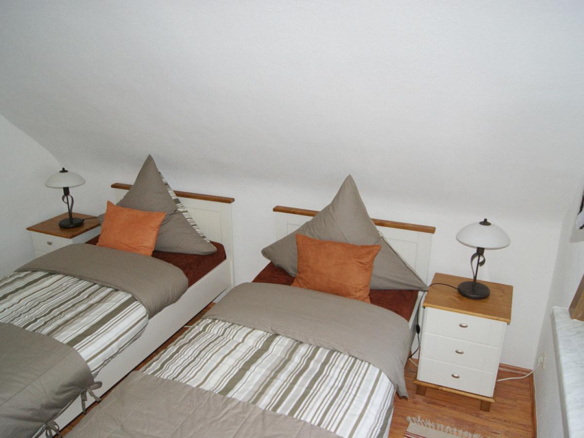 ferienwohnung de luxe mit kaminzimmer th ringer wald. Black Bedroom Furniture Sets. Home Design Ideas