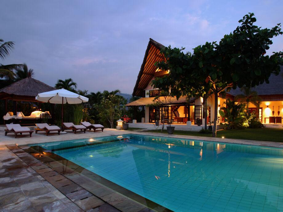Außenaufnahme Rumah Buka