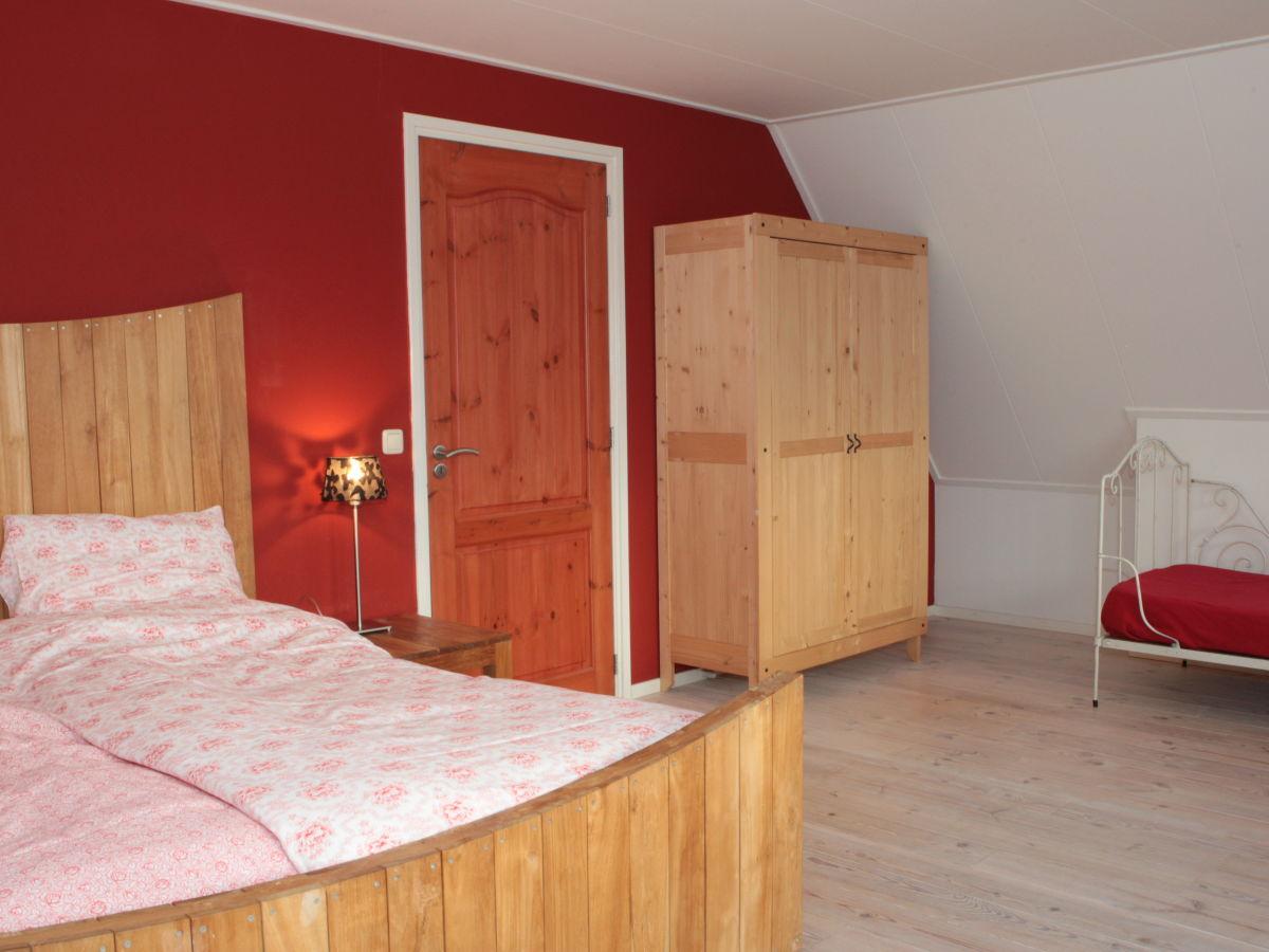 Ferienhaus blauwe kiekendief watteninsel ameland - Rotes schlafzimmer ...