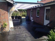 Ferienhaus 300 m von schönem Badestrand, 6 Personen + Baby