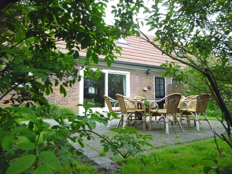 Holiday cottage In't Veld, sleeps 8