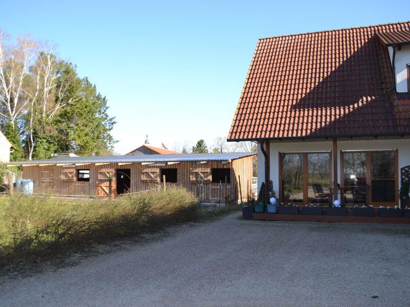 Ferienwohnung und Zimmer auf dem Reiterhof Reifenscheid