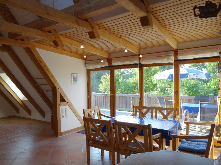 Ferienwohnung Dachgeschoss mit Blick auf den Balkon