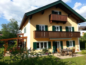 "Holiday apartment ""Wetterstein"" at House Buckelwiesen"""