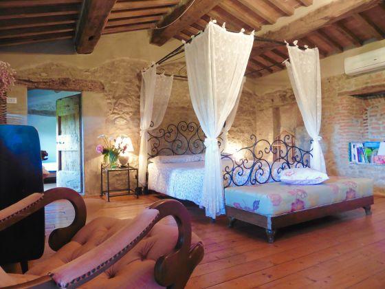 zauberhafte ferienwohnung toskana frau stella fabiano. Black Bedroom Furniture Sets. Home Design Ideas