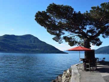 Holiday apartment Designer Ferienwohnung mit 180 ° Panoramablick auf See und Berge