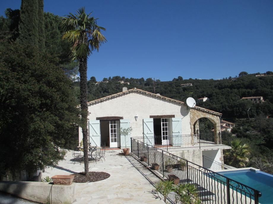 Die Villa Romarin mit traumhaftem Blick