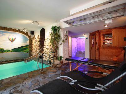 Simonis - Alleinnutzung Hallenbad und Sauna