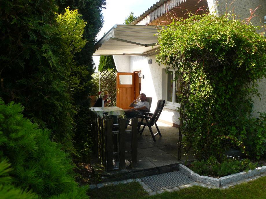 bungalow bei mirow am see mecklenburgische seenplatte familie kr ger. Black Bedroom Furniture Sets. Home Design Ideas
