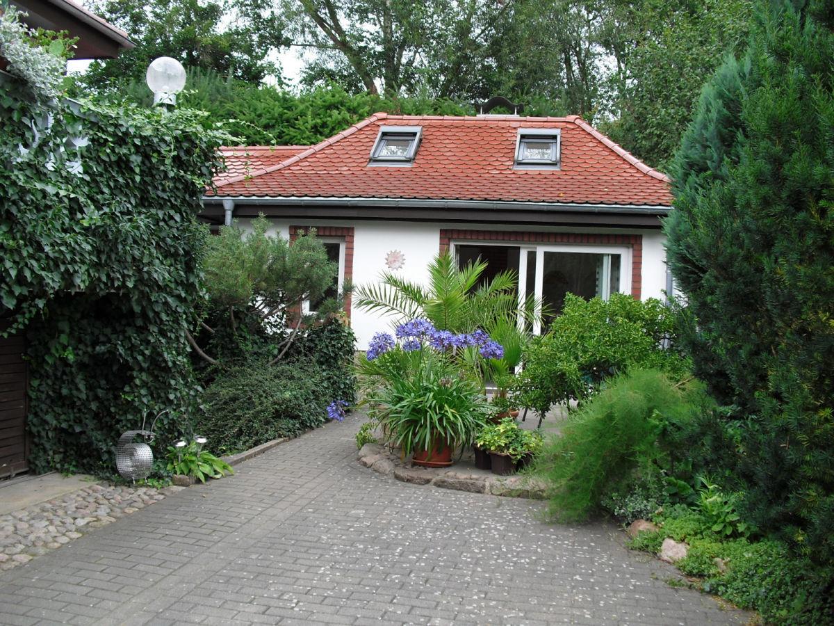 ferienhaus eldeblick mecklenburgische seenplatte familie kriese. Black Bedroom Furniture Sets. Home Design Ideas