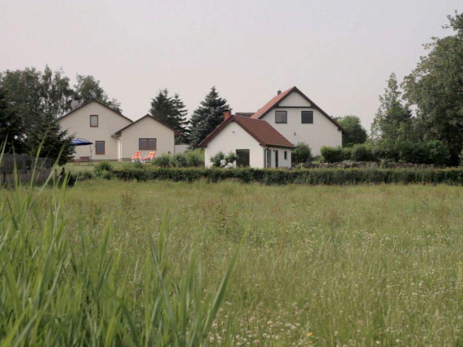"""Die 2 Häuser """"Wiesenblick"""" und das Saunahaus"""