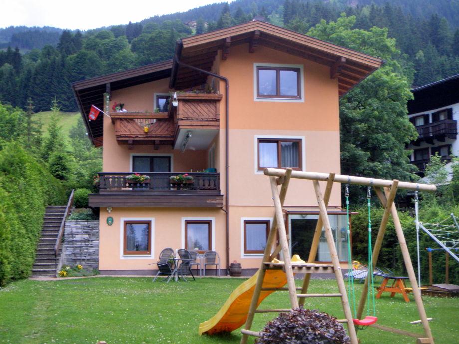 Unser Haus - Frühling 2012