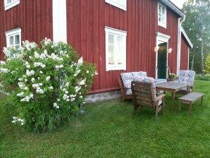 """Ferienhaus Lilla Skog (das """"bewegte"""" Haus)"""