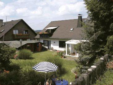 Ferienwohnung 2 - Am Akazieneck R. Flieg