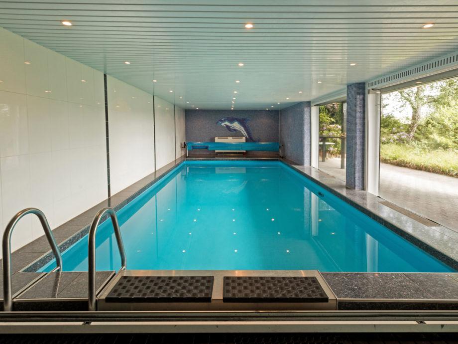 Privater Pool im Garten-/Untergeschoss