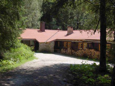 - Duerrwieser Jagdhaus