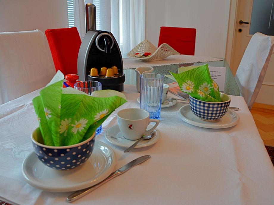 apartment philadelphia familie lausecker wien familie lausecker ziwohlava. Black Bedroom Furniture Sets. Home Design Ideas