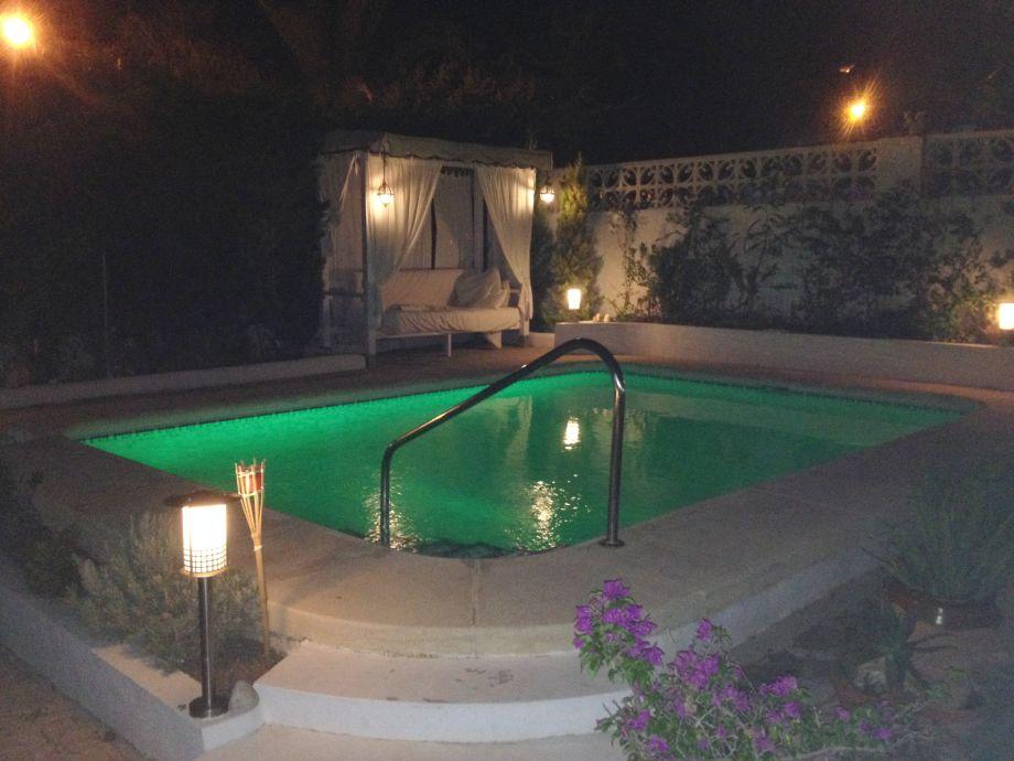 Playa Cesar by night