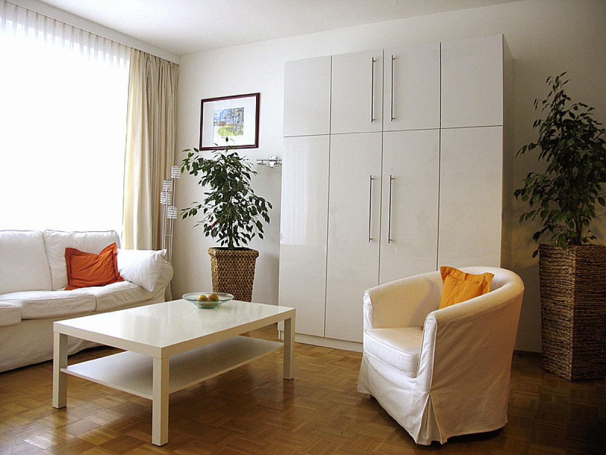 Wohn Schlafzimmer Wohnzimmer Fr Allergiker Ohne Teppich Blick In