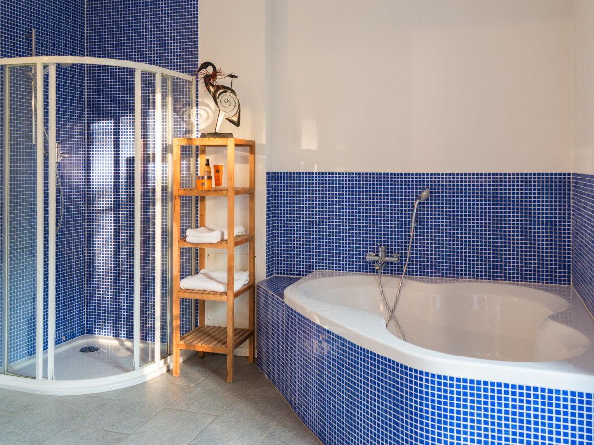 ferienhaus casa staccata piemont firma viavai dolce far niente ag frau anina von arx. Black Bedroom Furniture Sets. Home Design Ideas