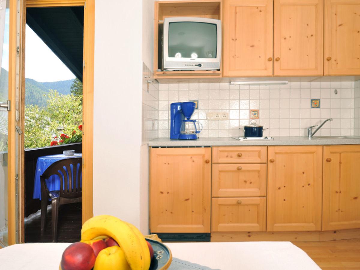 2 raum ferienwohnung reit im winkl frau jolande m hlberger. Black Bedroom Furniture Sets. Home Design Ideas