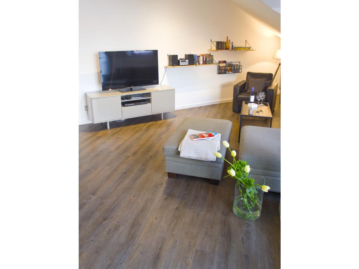 ferienwohnung exklusives turm apartment ostsee fehmarn firma touri touristik service int. Black Bedroom Furniture Sets. Home Design Ideas