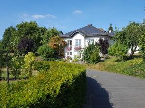 "Ferienwohnung Haus Rita ""Maarhexenhaus"""