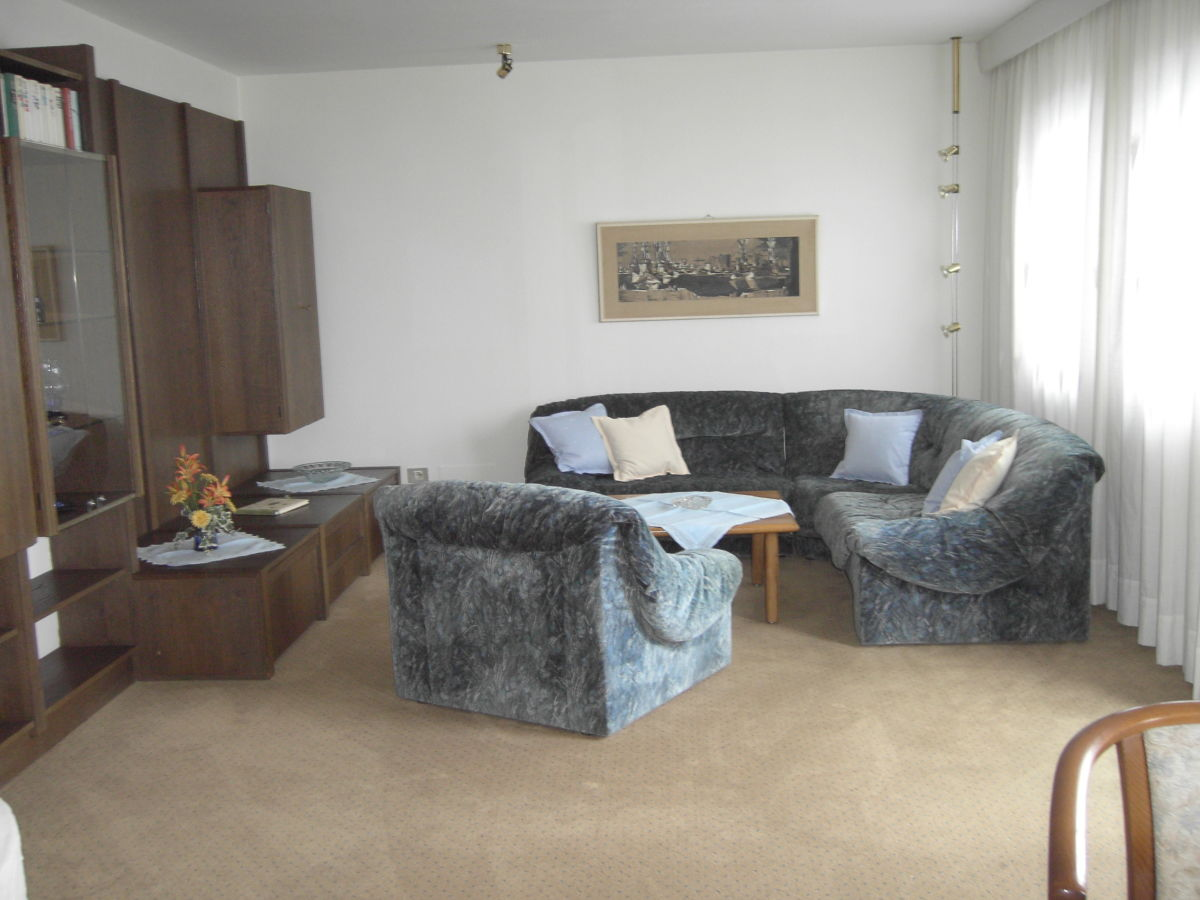 ferienwohnung appartement petereit 1 karersee carezza dolomiten eggental s dtirol herr. Black Bedroom Furniture Sets. Home Design Ideas