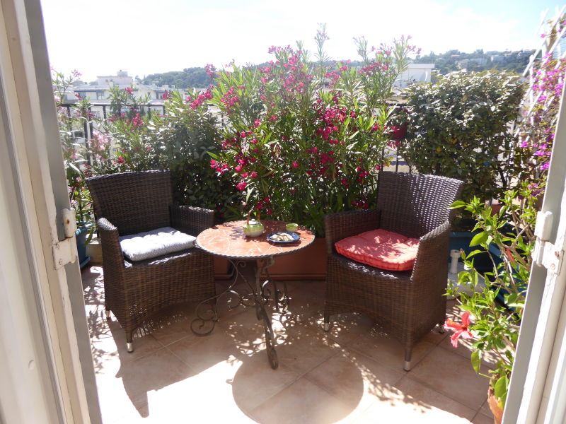 Holiday apartment charming roofterraced apartment near beach