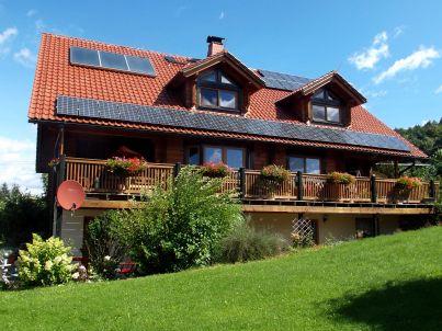 Holzhaus Miri