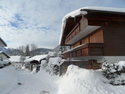 Ferienwohnung mit Terrasse und Bergblick