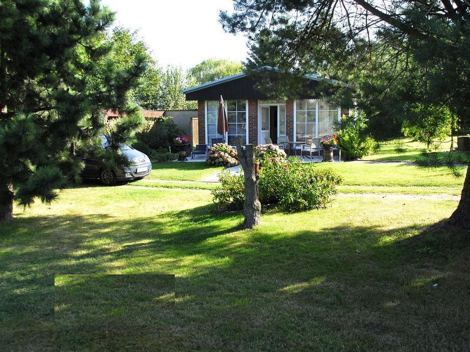 Grundstück und Ferienhaus