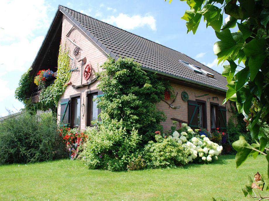 Außenaufnahme Romanticism-Chalet Lac de Robertville !