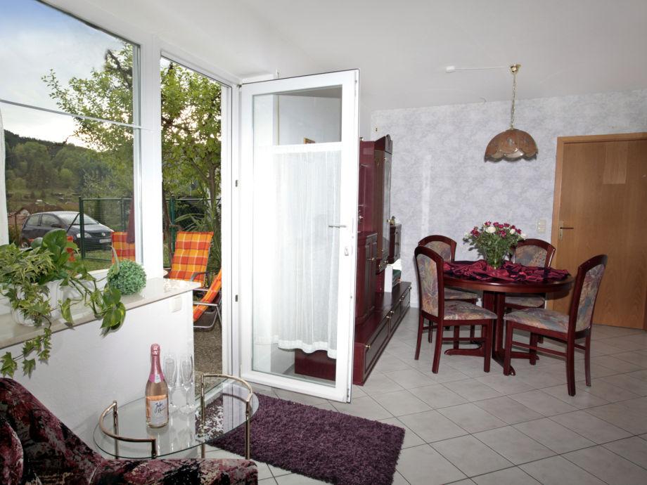 Wohn- Schlafzimmer Blick rechts