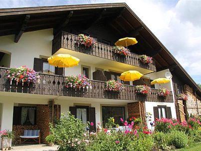 groß - Gästehaus Franziska Strauß