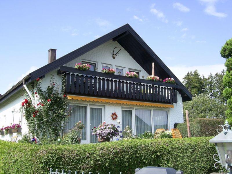 """Ferienwohnung """"Albblick"""" im Gästehaus Lenz"""