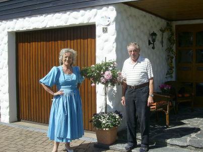 Ihr Gastgeber Rita und Hans Lenz
