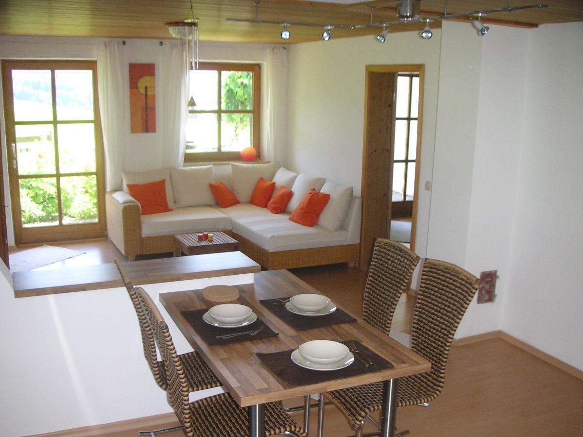 ferienwohnung moser auf dem samerberg rosenheim rosenheim inntal chiemsee familie. Black Bedroom Furniture Sets. Home Design Ideas