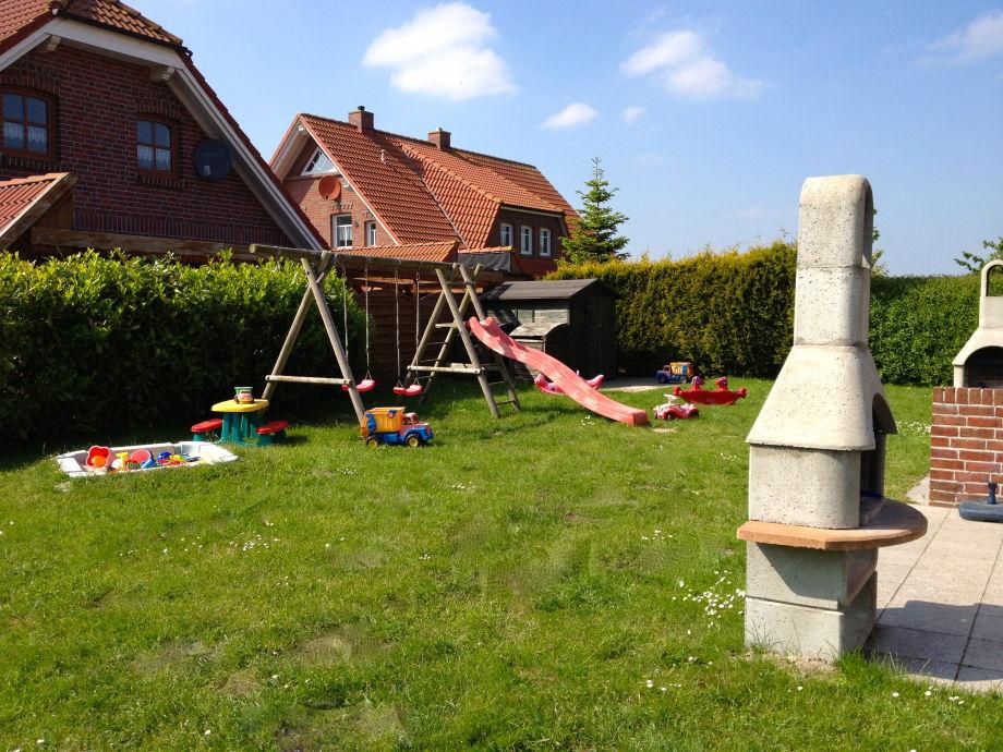 Garten, Terrassen mit Kamingrill